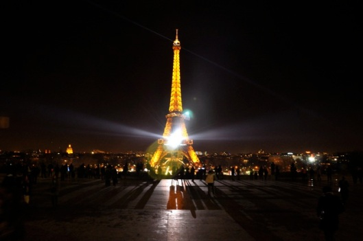 Paris_EiffelNight